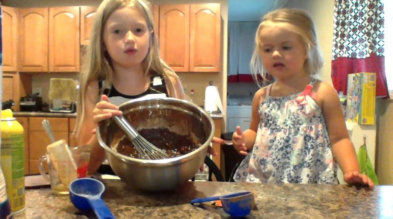 Paleo with Kids - Kids cooking paleo recipes