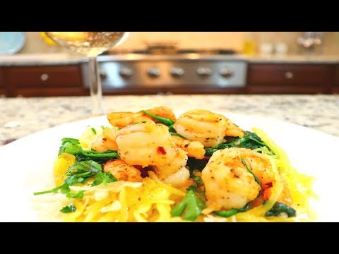 Spaghetti Squash with Garlic Shrimp | Low Carb - Paleo Friendly
