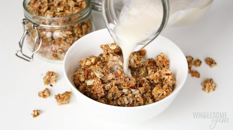 Low Carb Granola Cereal Recipe (Paleo, Gluten-Free, Sugar-Free)