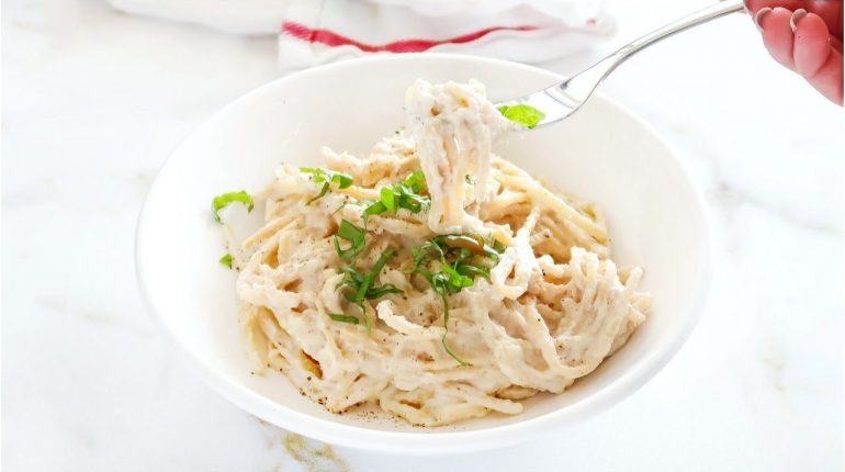 Vegan Alfredo Sauce | Creamy, Easy, Quick, Paleo Recipe